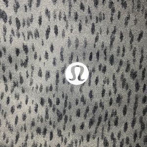 Lululemon Cropped gray patterned tights
